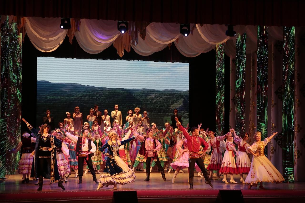 12 апреля в Городском Центре Культуры состоялось торжественное мероприятие
