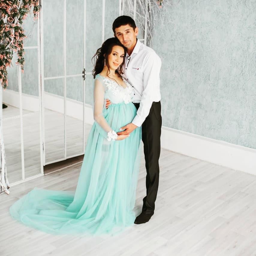 Поздравляем Юнира и Зульфию Шарифуллиных с рождением дочери!