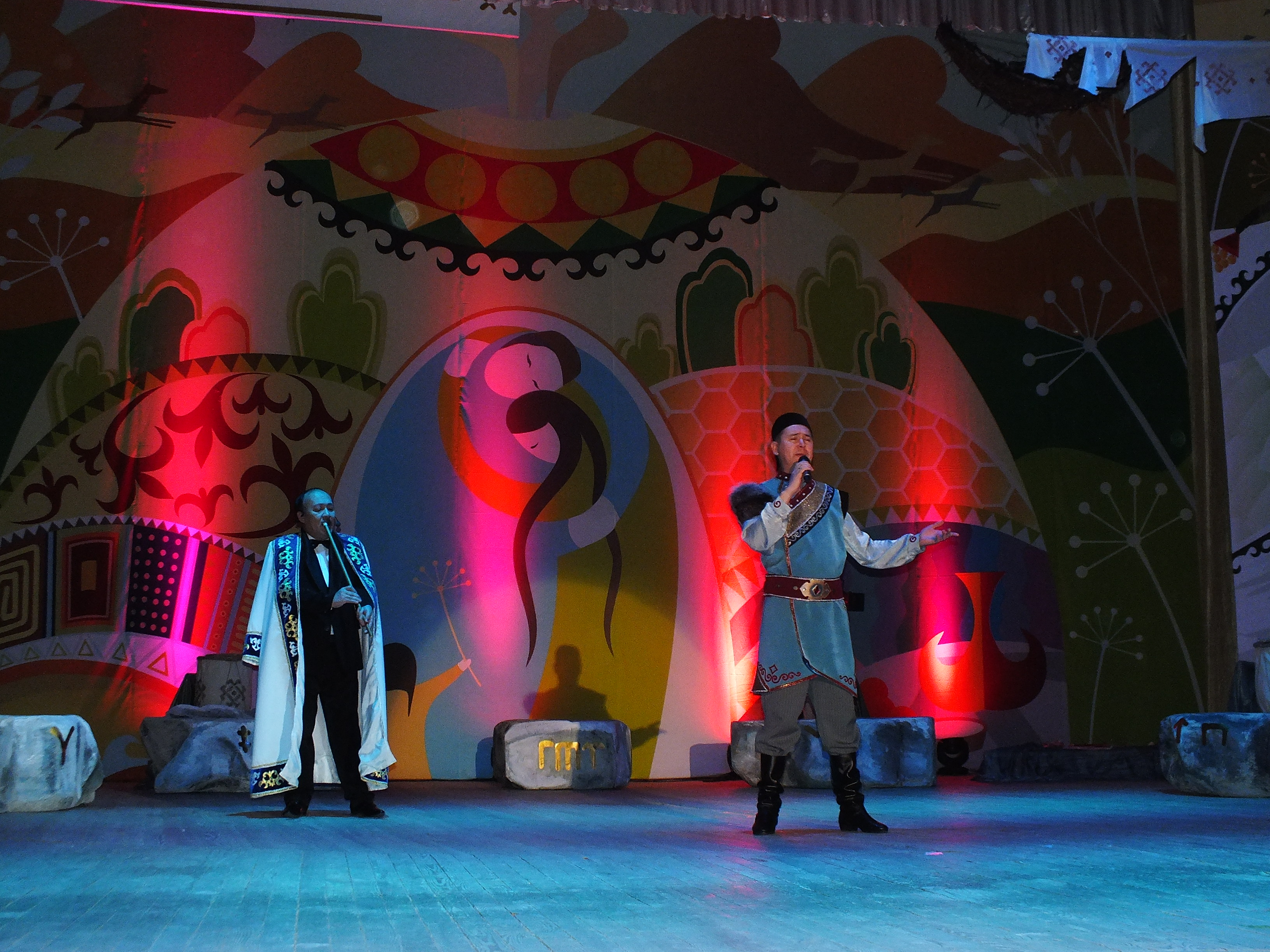 Прошла долгожданная премьера театрально-хореографической постановки «Таштарға яҙылған яҙмыштар»