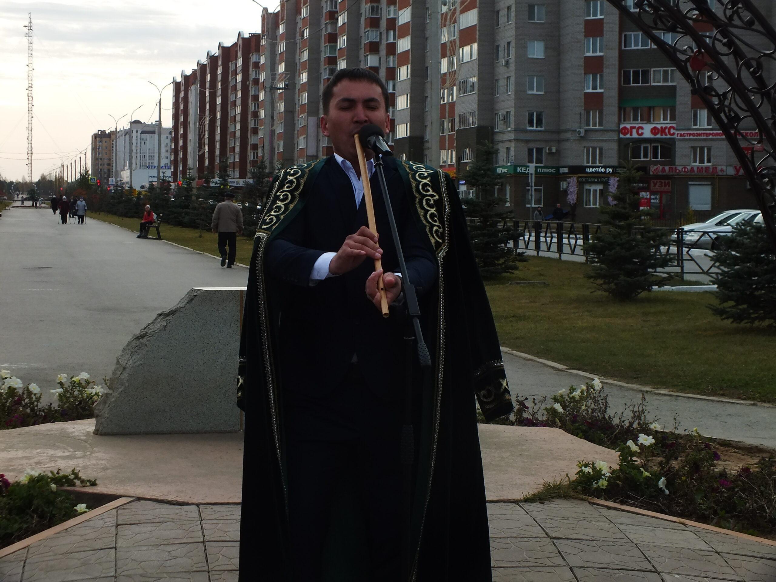 Праздничный концерт, посвященный Дню Республики.