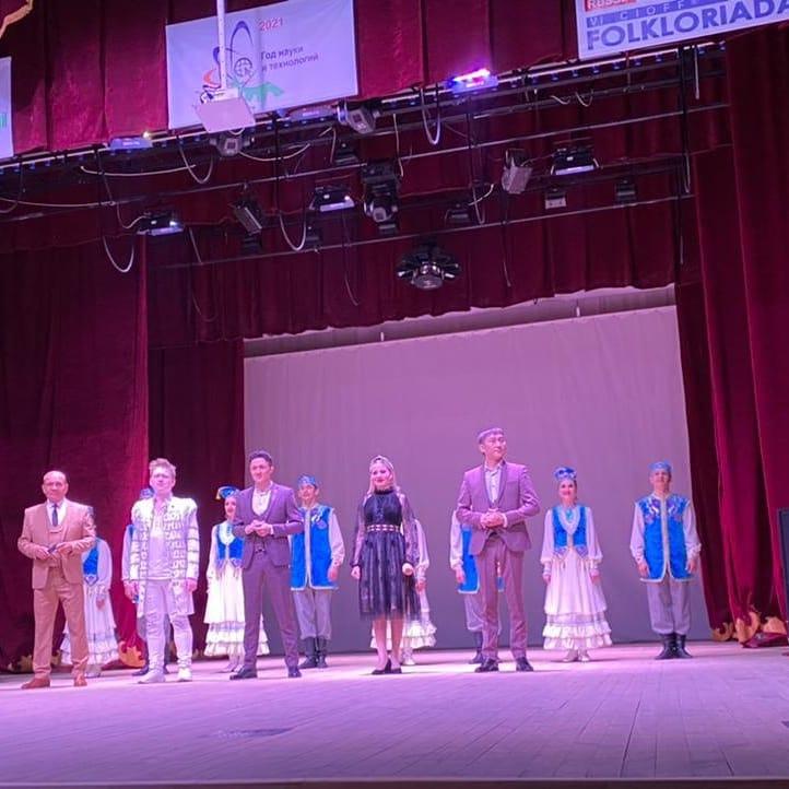 В р.п.Чишмы Чишминского района РБ состоялся концерт татарской эстрадной группы «Кайтаваз».