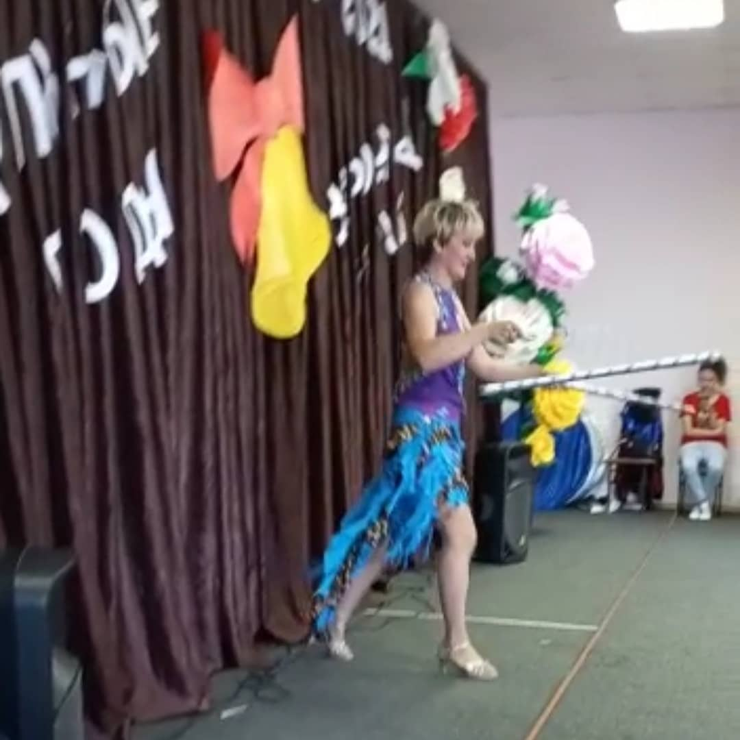 Сегодня, 18 июня, для детей летних пришкольных лагерей артисты эстрадно-цирковой группы «Чингиз и Тамерлан» с яркой веселой программой «Хорошее настроение» выступили в МОАУ СОШ #11 ГО г.Нефтекамск.