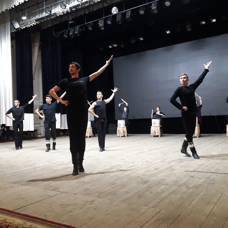 Коллектив Нефтекамской государственной филармонии плодотворно готовится к торжественному открытию нового 24-го концертного сезона «Филармония-24»